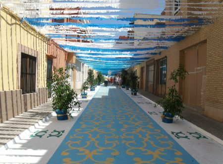 decorated-streets-389636_1280